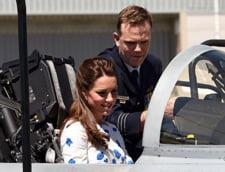 Printul William, copilot pentru Kate Middleton, intr-un avion de vanatoare F-18