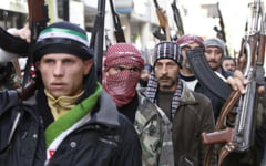 Problema britanicilor care lupta alaturi de jihadisti in Siria: Sunt dezamagiti si vor sa se intoarca acasa