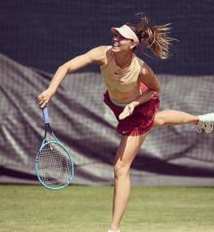 Probleme fara sfarsit pentru Sharapova: Rusoaica a abandonat la Wimbledon