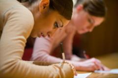 Probleme la Evaluarea Nationala 2013: Elevii nu pot inca sa opteze pentru licee, din cauza ministerului