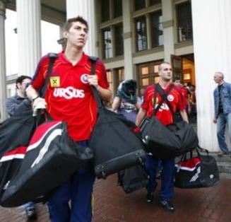 Probleme pentru echipa nationala in Ucraina: Chivu a fost pus la munca de jos