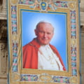 Procesiune cu relicva Papei Ioan Paul al II-lea, duminica, in Capitala