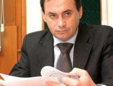Procesul de coruptie al primarului Falca s-a desfasurat cu usile inchise
