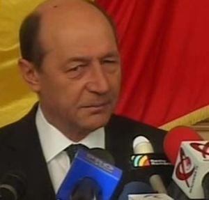 Procesul lui Basescu cu Patriciu, in cazul casetei trucate, incepe miercuri
