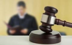 Procurorul care a cerut favoruri sexual unei tinere in schimbul unor informatii, condamnat la inchisoare cu suspendare