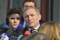 """Procurorul general respinge atacurile """"subculturale"""" la adresa conducerii Ministerului Public"""