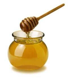 Productia de miere din 2012, redusa la jumatate din cauza secetei