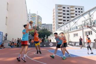 Profesioniștii de la Dinamo au jucat baschet în curtea școlii