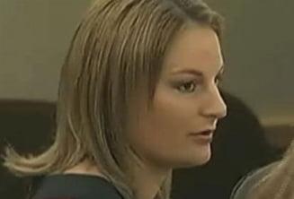 Profesoara acuzata ca a facut sex in grup cu elevii (Video)