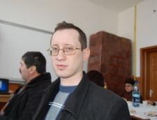 Profesor amenintat cu pumnii de un elev, la Targu Jiu (Video)