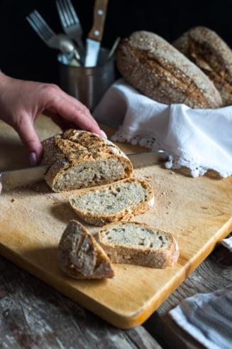 """Profesor la Universitatea Bucuresti, despre studiul privind impactul SARS-CoV-2 asupra painii ambalate: """"Aceste produse sunt complet sigure. Nu transmit virusul"""""""