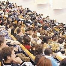 Profesorii universitari se plang de calitatea noilor studenti
