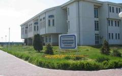 Profesorul Gheorghe Taralunga, arestat preventiv pentru luare mita, a demisionat de la Universitatea Ovidius