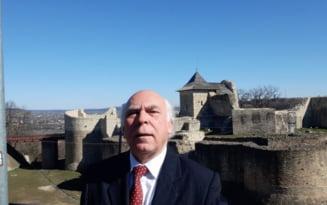 """Profesorul care reinvie istoria uitata a Romaniei. """"Drumul spre inalta societate era presarat cu adevarate initieri"""""""