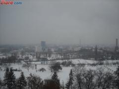 Prognoza speciala pentru Bucuresti: Strat nou de zapada de 15 cm si vant de 55 km/h