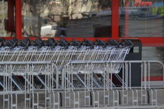 Programul mall-urilor, supermarketurilor si bancilor de 1 Mai