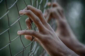 Proiect de lege: Ucigasii, violatorii, talharii si coruptii sa nu mai beneficieze de liberare conditionata