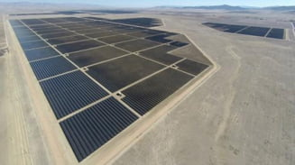 Proiect fotovoltaic uluitor, operational in California