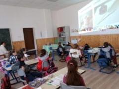 """Proiectul """"Istoria cartii pe intelesul copiilor"""", lansat de Filiala Orizont a Bibliotecii Judetene"""