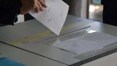 Proiectul USR privind alegerea primarilor in doua tururi a picat in Senat. PSD si UDMR au votat impotriva