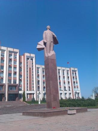 Propaganda Kremlinului: Trupele Rusiei sunt prizoniere in Transnistria