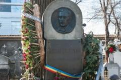 """Propunere: Ramasitele pamantesti ale lui Eminescu - deshumate din cimitirul Bellu si mutate la Ipotesti: """"Cred ca i-ar fi drag aici"""""""