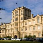 Propunere in Australia: Inchisoare pentru studentii care triseaza