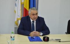 """Prorectorul Universitatii din Suceava, despre """"ministrul pamblica"""": """"Nu pot spune ca e un bun comunicator, dar e un manager foarte bun"""""""
