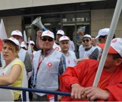 Protest al medicilor in fata Guvernului: Ce revendicari au