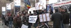 Protest al taximetristilor bucuresteni, la Universitate