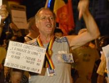 Protest anti-Basescu la Cotroceni: Se apara Rosia Montana si Cupru Min