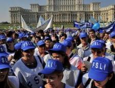 Protest de amploare in Capitala: Zece mii de profesori si studenti ies in strada