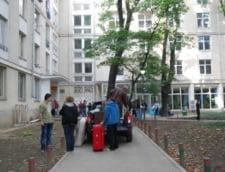 Protest fata de inchiderea caminelor din Grozavesti: Studentii au dormit in corturi