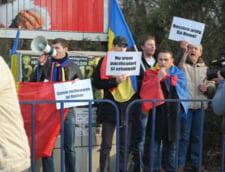 Protest fata de presiunile asupra scolilor romanesti din Transnistria, la Chisinau