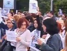 Protest in Piata Victoriei fata de sacrificarea cailor din Letea