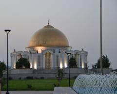 Protest la Cotroceni fata de mega-moschee: Suntem crestini, nu permitem islamizarea tarii!
