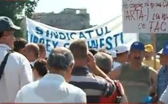 Protest la Guvern: Sindicalisti nemultumiti de scumpirea gazelor si curentului (Video)