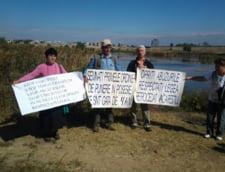 Protest la Lacul Vacaresti. Piedone a venit si a vorbit cu oamenii iesiti in strada (Video)
