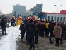 Protest la Ministerul Culturii: Opriti propaganda homosexuala in scoli si in institutii de cultura
