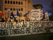 Protest la Palatul Cotroceni: Participantii vin cu scaune de acasa