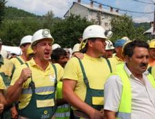 Protest la Rosia Montana: Mineri de la RMGC cer aprobarea proiectului (Video)