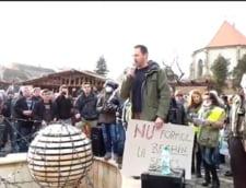 Protest la Sebes fata de Kronospan, care construieste o noua fabrica de formaldehida
