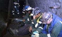 Protest la mina de uraniu Crucea din judetul Suceava. 160 de mineri s-au blocat in subteran si ameninta ca intra in greva foamei