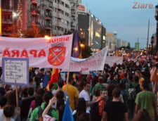 Protest masiv pentru Rosia Montana: 15.000 de oameni au iesit in strada la Bucuresti (Video)