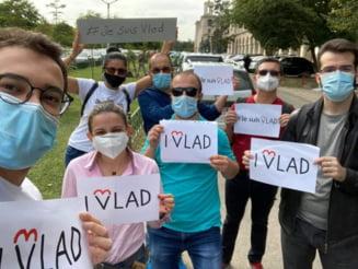 Protest online al membrilor USR PLUS fata de eliminarea lui Vlad Teohari de pe listele candidatilor la alegerile parlamentare