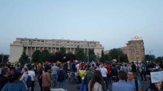 Protest pe roti fata de modificarile la legea gratierii - joi, in jurul Parlamentului