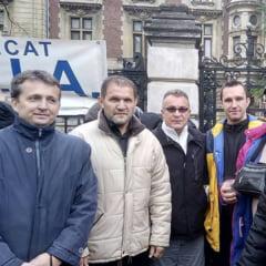 Protestatarii de la APIA Salaj au pichetat sediul Ministerului Agriculturii din Bucuresti