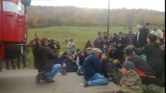 Protestatarii de la Pungesti amana greva foamei pana dupa Anul Nou