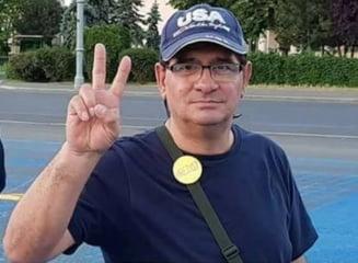 Protestatarul surdo-mut, amendat ca scanda lozinci antiPSD, a invins definitiv Jandarmeria in instanta