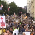 """Proteste ample în Franța față de permisul sanitar. """"Vom introduce a treia doză de boicot"""""""